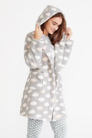"""Set pijama + bata de invierno dibujo """"nubes"""" de Promise"""