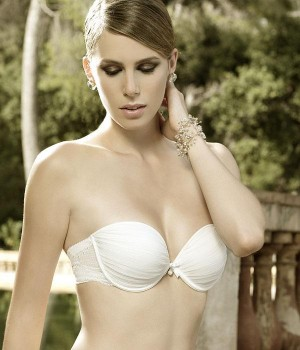 Sujetador escotado doble push up coleccion Tresor