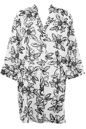 Camisa playera botones con flores en negro Lome de Red Point