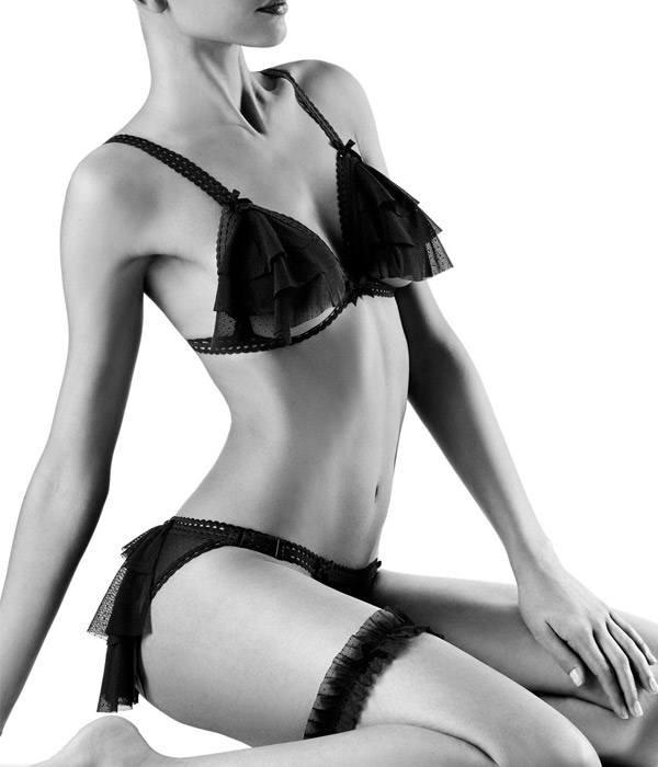 conjunto-sexy-negro-volantes-aubade-P080A